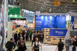 Über 600 Aussteller zeigten auf der Messe Dach+Holz 2020 ihre Produkte und damit mehr als vor zwei Jahren in Köln (576) und 2016 in Stuttgart (550)