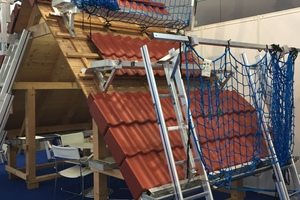 Das Bavaria-Leiter-Blitzgerüst für das Steildach auf der Dach+Holz 2020
