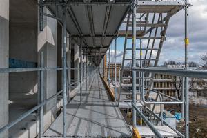 Auf der Baustelle und im Betrieb mehr aufeinander zu achten kann das Unfallrisiko senken<br />