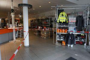 Die Ausstellungsräume des Bedachungsfachhändlers Heitkamm Dachbaustoffe Gütersloh sind derzeit für Besucher gesperrt