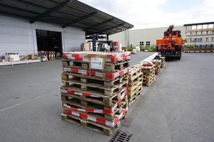 Bestellte Waren werden kommissioniert und mit dem Bestellzettel zur Abholung bereit gelegt<br />