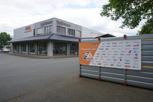 Die Heitkamm GmbH gehört zur COBA-Baustoffgesellschaft für Dach+Fassade. Der Umsatz der COBA-Fachhändler hat im ersten Quartal 2020 trotz Krise über dem Vorjahresumsatz gelegen