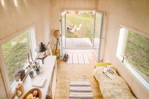 In dem kleinen Häuschen ist Platz für alles, was man zum Leben braucht