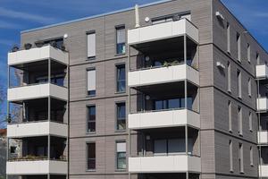 In Bamberg entstanden drei Mehrfamilienhäuser mit insgesamt 117 Wohneinheiten in Hybridbauweise