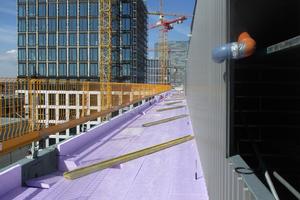 Eine schlanke Wärmedämmung auf dem Dach ermöglicht die Einhaltung aller Anschlusshöhen