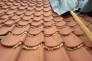 Die Eindeckung aus Hohlziegeln nach Vorgaben des Denkmalschutzes entspricht dem historischen Vorbild entspricht