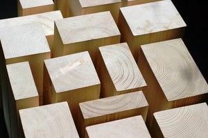 """Das """"Holz von Hier""""-Label erfasst die Warenströme vom Wald bis zum Einsatzort und dokumentiert die Transportwege des Holzes – in diesem Fall KVH"""
