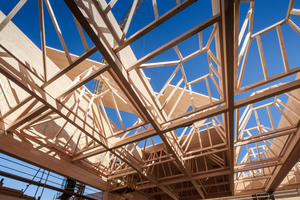 Für die Dachkonstruktion wurden pyramidenförmige Laibungen bewusst unterschiedlich ausgeführt
