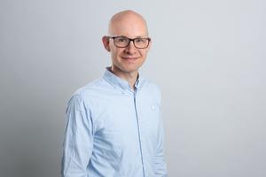 Stephan Thomas, verantwortlicher Redakteur dach+holzbau, stephan.thomas@bauverlag.de<br />