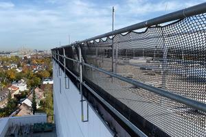 Dank des temporären Seitenschutzes war eine umfängliche Einrüstung des Gebäudes nicht notwendig