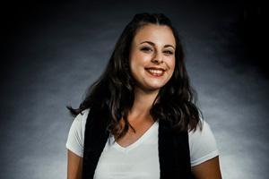 Zimmerin Sabrina Simon aus&nbsp;Damscheid ist eines der Gesichter der Messe Dach+Holz 2022 und tritt als Markenbotschafterin der Fachmesse auf<br />