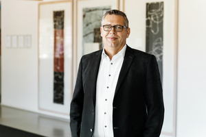 Ralf Scheffler ist seit 1. Juli 2021 Mitglied der Geschäftsführung der Linzmeier Bauelemente GmbH. Der gelernte Zimmerer ist schwerpunktmäßig für Vertrieb und Technik bei dem Dämmstoffhersteller zuständig