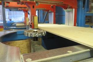 """Bis zu einer Breite von 1,25m bietet Brüninghoff die """"Kerto LVL""""-Platten in bearbeiteter Form an"""