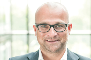 Guido Happe ist Unternehmensbeirat des Online-Dachbaustoffhändlers Dachdeckermark24 und Vorsitzender der Dachpreis-Jury<br />
