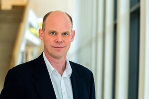 """Christian Birck, Managing Director der BMI Group in der Region D-A-C-H, ist Teil der Jury des Deutschen Dachpreises und sagt: """"Wir freuen uns sehr, dass wir mit unserer Unterstützung dazu beitragen dürfen, die Leistungen des Dachdecker- und Zimmererhandwerks anzuerkennen"""""""