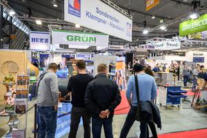 Die Veranstalter der Messe DACH+HOLZ wollen 2022 vermehrt auf den Erlebnischarakter in den Hallen setzen. Dazu gehören Netzwerk-Plattformen, Themen-Parcours und themenspezifische Foren