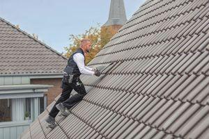 Die Fleck GmbH bietet Produkte für das Steil- und Flachdach sowie für den Solarbereich (Photovoltaik und Solarthermie) an