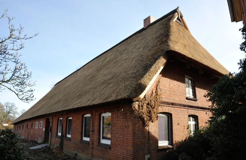 Top Reetdach für alte Scheune - Bauhandwerk HG15