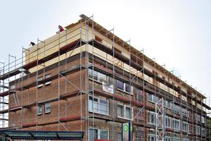 Das Flachdach musste saniert werden, in diesem Zuge entschloss sich der Bauherr, das Gebäude um ein Geschoss aufzustocken