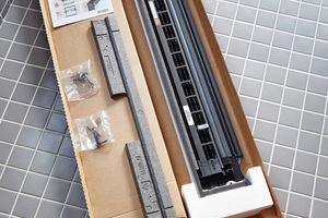 """Im Lieferumfang von """"Balanced Ventilation"""" sind neben dem neuen Markisenkasten und Dämmblock auch die erforderlichen Schrauben enthalten <br />"""