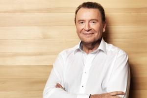 """""""Für Blechbaracken fehlt mir jedes Verständnis"""", sagt Joachim Hörmann. Er ist Koordinator des Holzwohnbaus für Flüchtlinge bei ProHolz Baden-Württemberg.<br />"""