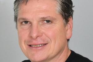 Jens Oenicke, Geschäftsführer von Stegimondo, einer Plattform, die Bauherren einen Dachdecker passend zu ihrem Bauvorhaben sucht