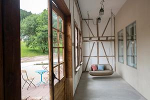 Altes Fachwerk an der Wand im Eingangsbereich des HausesFoto: Ulrike Klumpp Fotografie