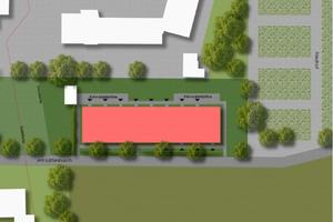 Das Flüchtlingsheim grenzt auf der einen Seite an die Jugendfeuerwehrschule, auf der anderen Seite liegen Felder
