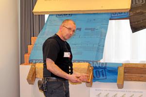 """Auf der """"Schnittstelle Baustelle"""" ging es vor allem um Details und darum, wie unterschiedliche Gewerke auf der Baustelle schadenfrei zusammen arbeiten können<span class=""""bildnachweis"""">Text+Fotos: Thomas Wieckhorst</span>"""