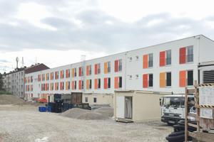 Die Außenanlagen müssen noch fertig gestellt werdenFoto: Meuer Architekten