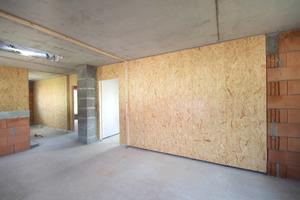 Nach Montage der Wände: Elemente an Decke und senkrechten Anschlüssen werden nur noch abgetackert