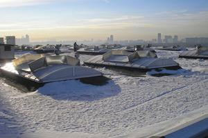 Erhöhte Schneelasten, vor allem bei nassem Schnee, sind eine Gefahr für Dach und LichtkuppelnFotos: FVLR