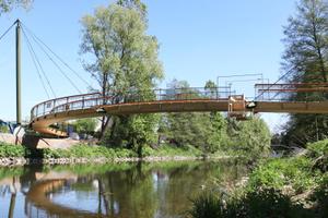 Ansicht der fertiggestellten Brücke vom Südufer<br />