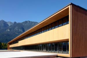 """Deutscher Holzbaupreis 2013, Preisträger Kategorie """"Neubau"""" Finanzamt Garmisch-Partenkirchen Architekt: Reinhard Bauer, München Tragwerksplaner: merz kley partner, Dornbirn (Österreich)  Holzbau: Wiehag GmbH – Timber Construction, Altheim"""