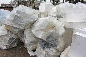 Die Entsorgung von Polystyrolplatten stellt ein großes Problem dar