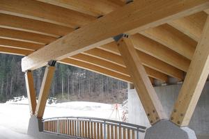 Details einer Stadionbrücke in Ruhpolding
