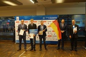 Von links nach rechts: Trainer & Mentor Jörg Schmitz und die Vizeweltmeister Tom Gladisch aus Schleswig-Holstein und Volker Pohlmeyer aus NRW