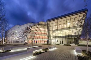 Das ICE-Kongresszentrum in Krakau mit einer Fassade aus Glas, Aluminium und Keramikelementen Foto: Bartosz Makowski