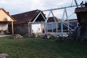 Hier gut zu sehen: der Altbau grenzt direkt an den Neubau<br /><br />